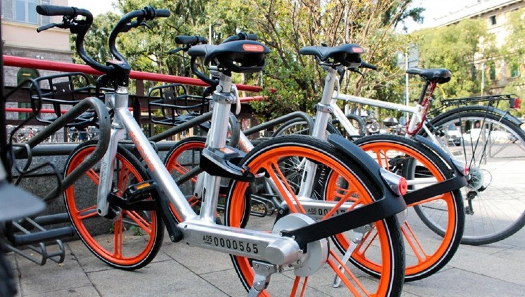 Rivoluzione bike sharing sono arrivate le bici che si for Mobile milano bike sharing