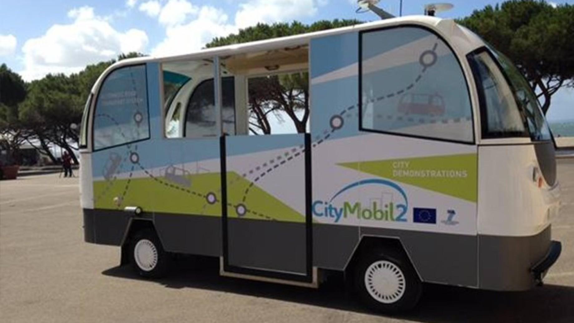 bus-senza-autista-city-mobil