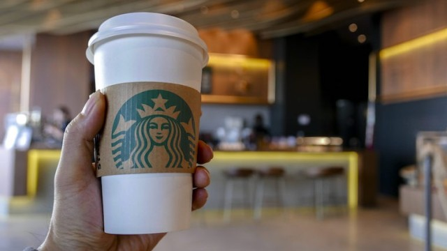 family-sues-starbucks-blood-in-drink-e1518304468881