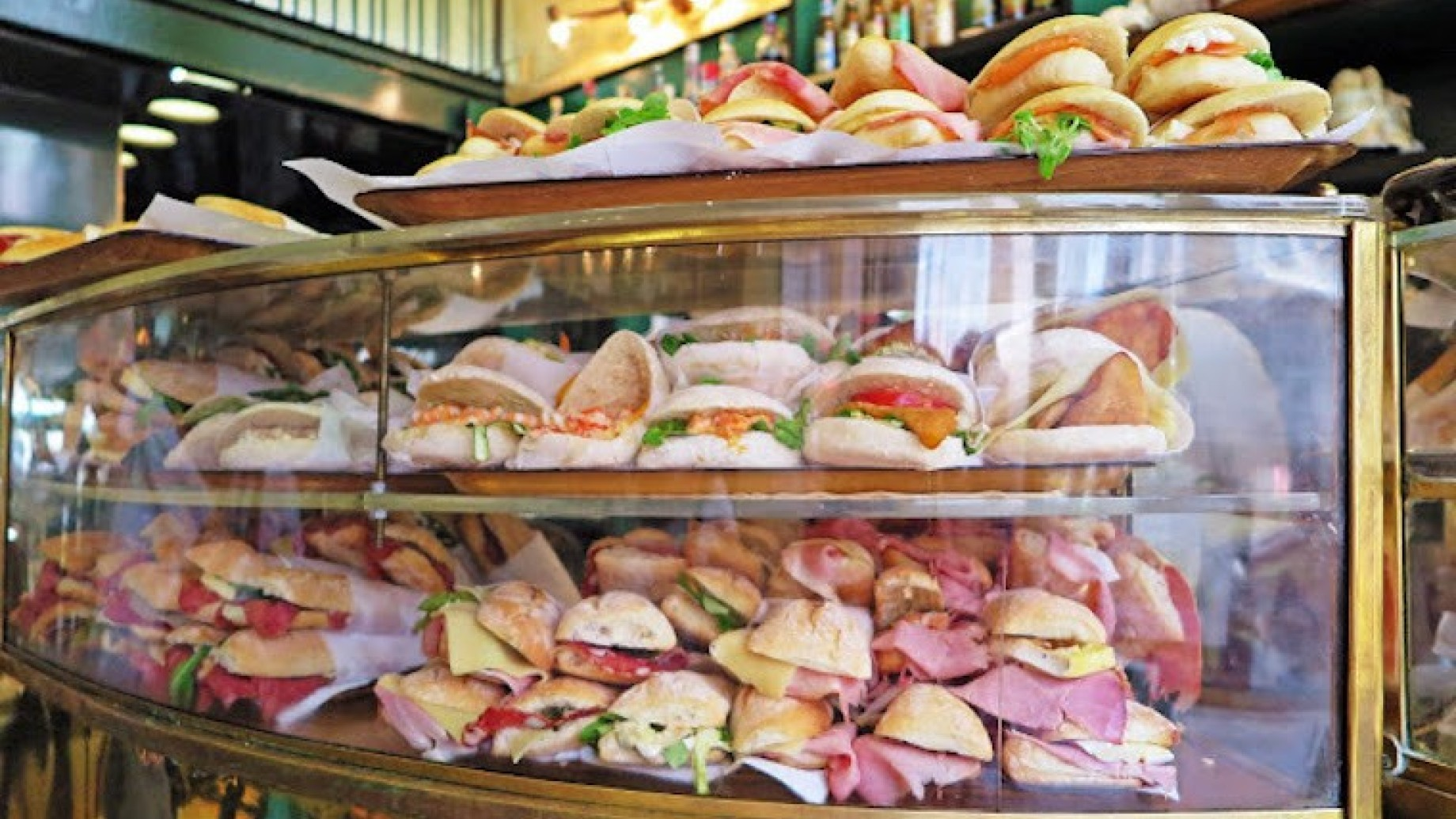 g.b-bar-sandwich-milan-italy