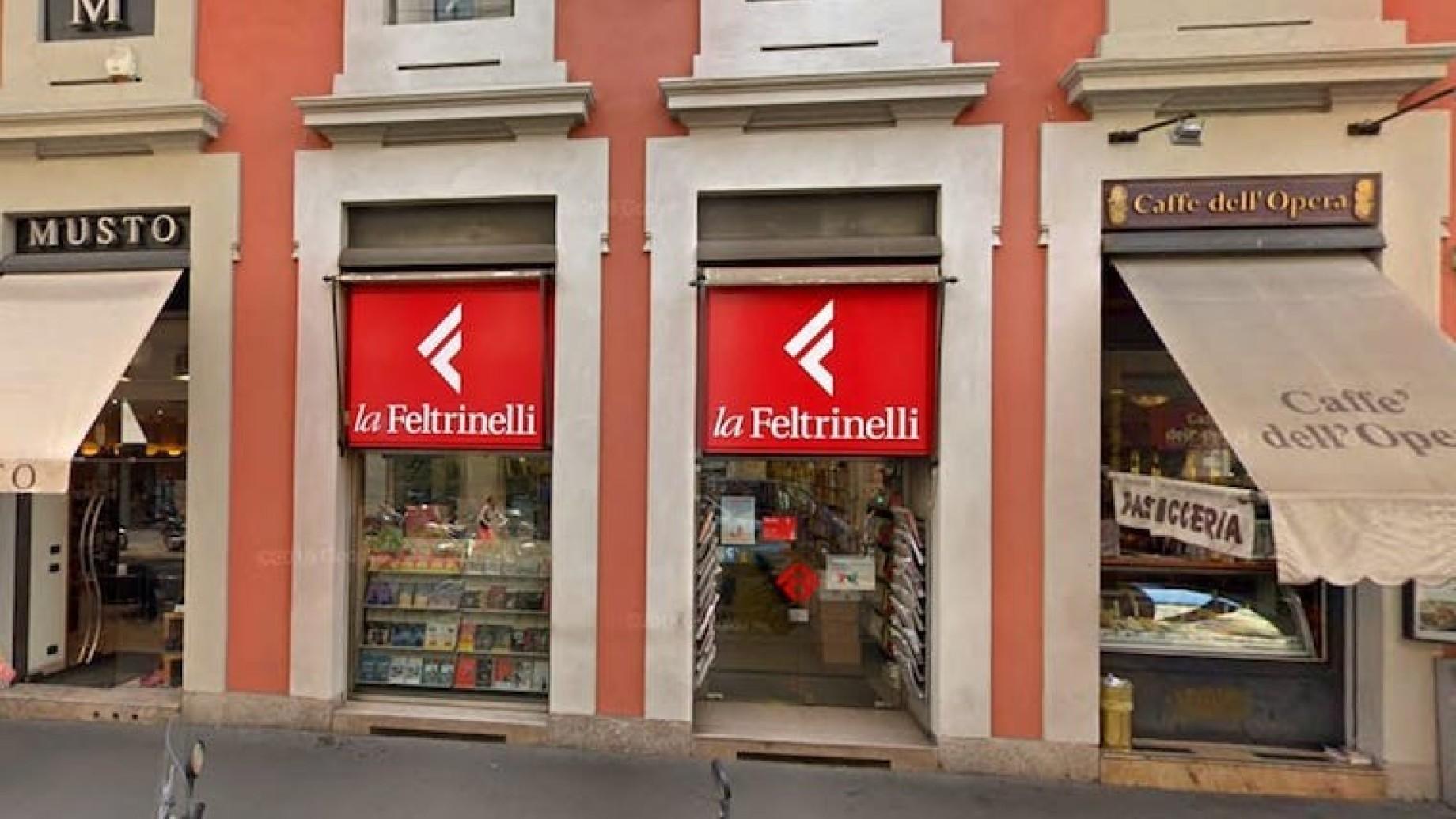 libreria-feltrinelli-via-manzoni-2