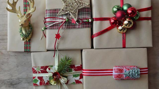 pacchetti-regalo-natalizi-creativi